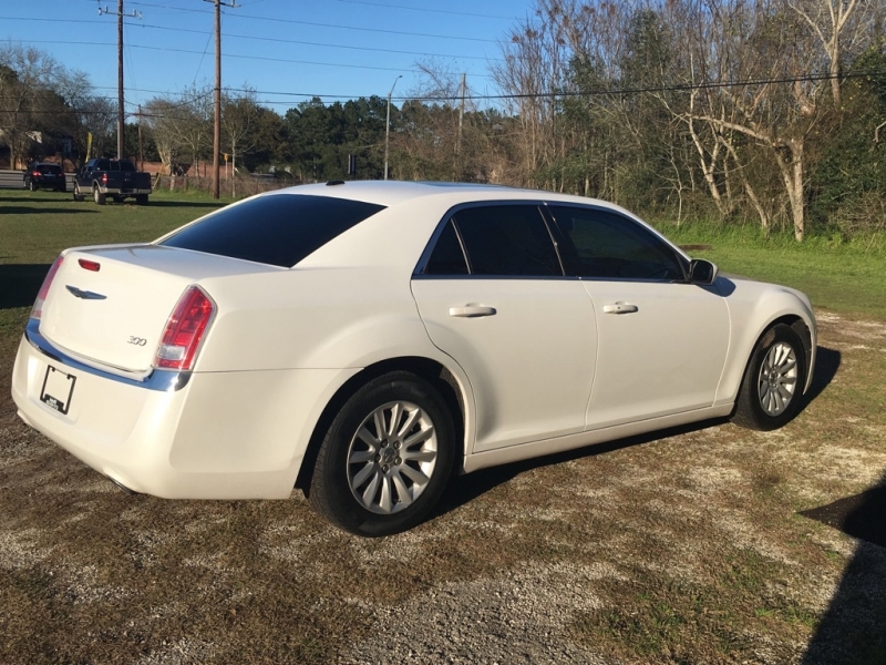 CHRYSLER 300 2013 price $7,999