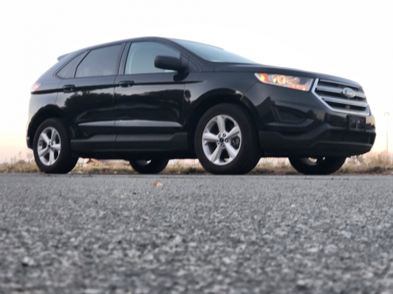 Ford Edge 2015 price $13,900