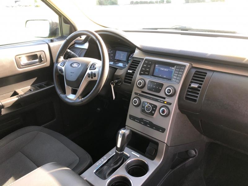 Ford Flex 2017 price $13,999