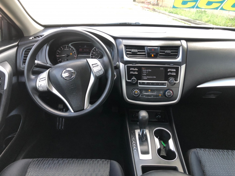 Nissan Altima 2016 price $11,999