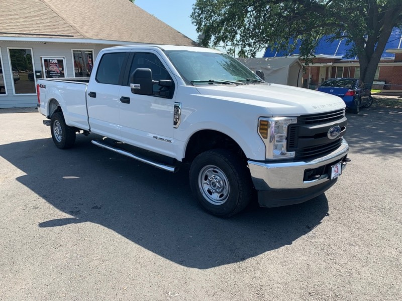 FORD F250 2018 price $36,900
