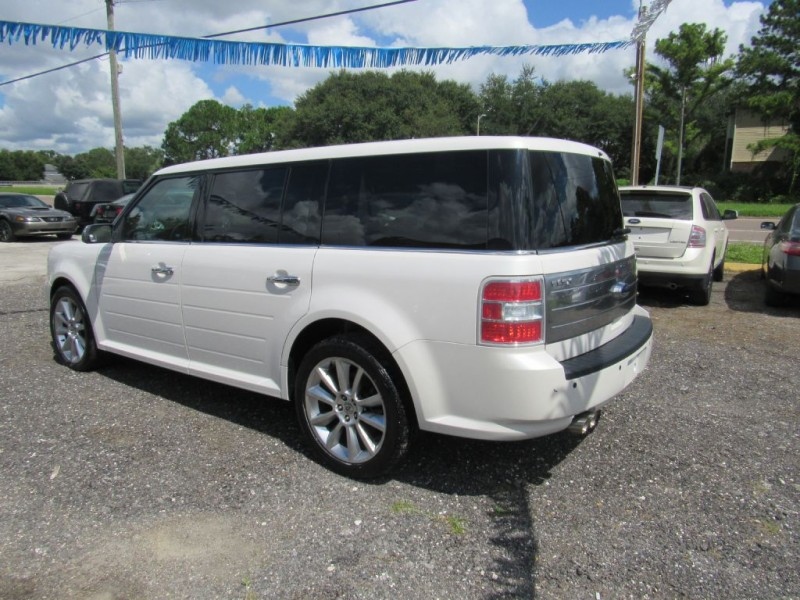 Ford Flex 2009 price $8,995