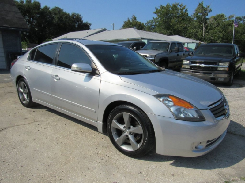 Nissan Altima 2009 price $5,495