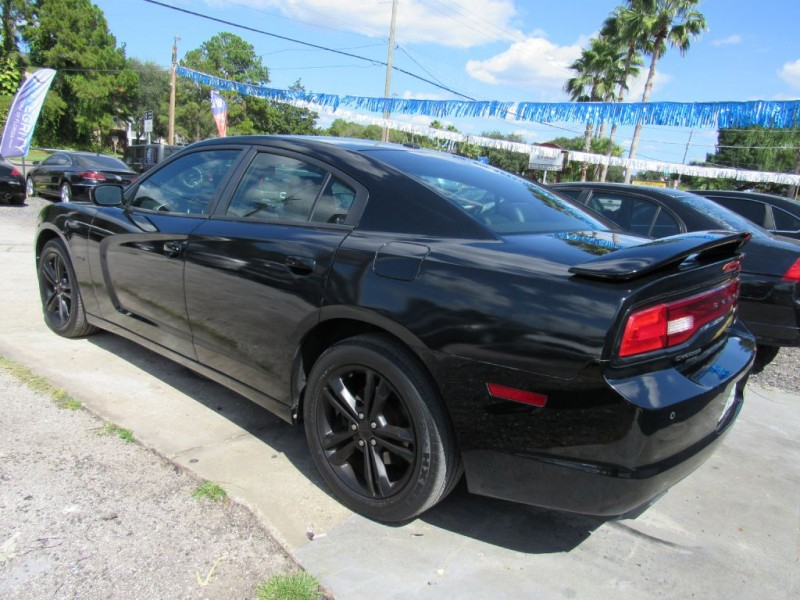 DODGE CHARGER 2013 price $15,295