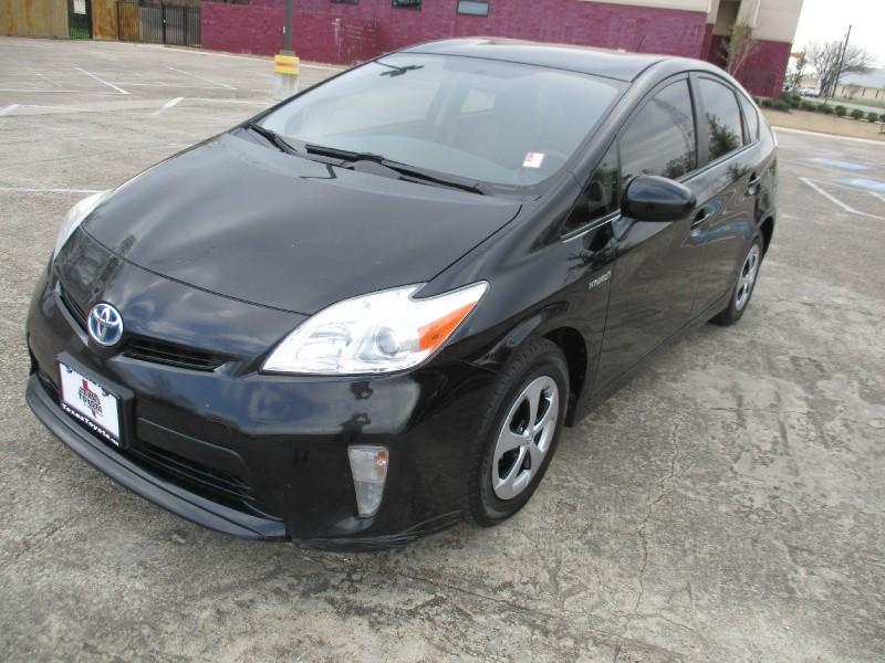 Toyota Prius 2013 price $6,200