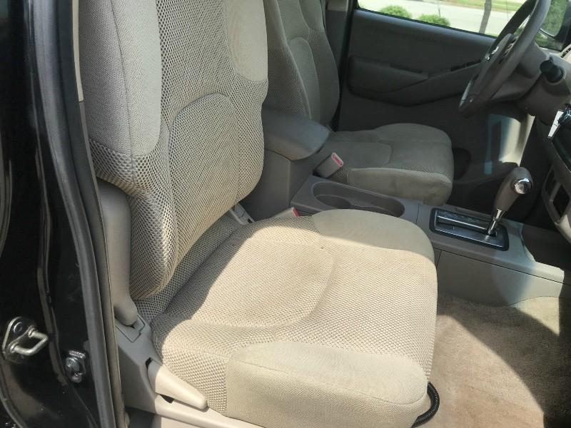 Nissan FRONTIER 2010 price $11,500