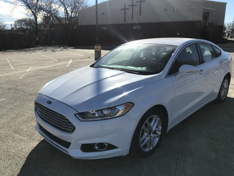 Ford FUSION 2016 price $10,000