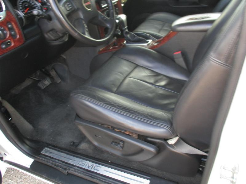 GMC ENVOY 2008 price $3,800