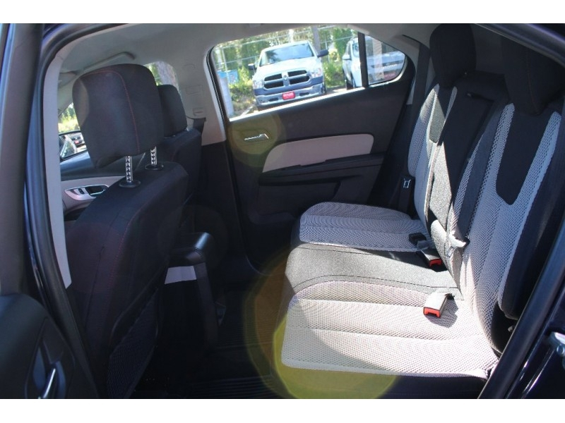 Chevrolet Equinox 2016 price $12,889