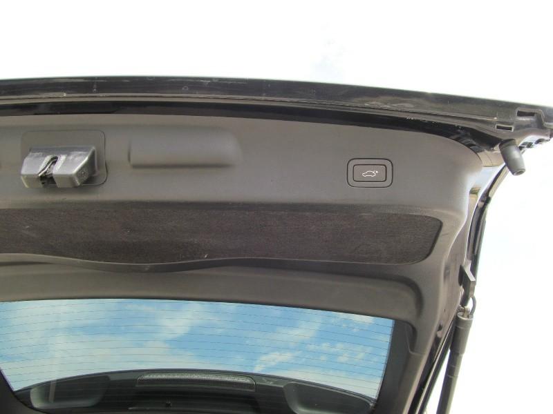 Land Rover Range Rover Sport 2012 price $12,495