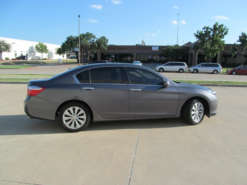 Honda Accord Sedan 2015 price $13,500