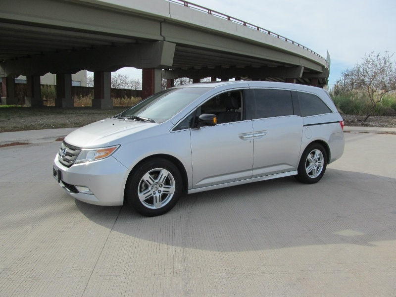 Honda Odyssey 2012 price $12,700