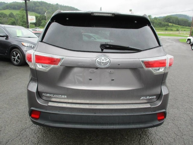 2016 toyota highlander xle inventory joes cars auto dealership in fairmont west virginia. Black Bedroom Furniture Sets. Home Design Ideas