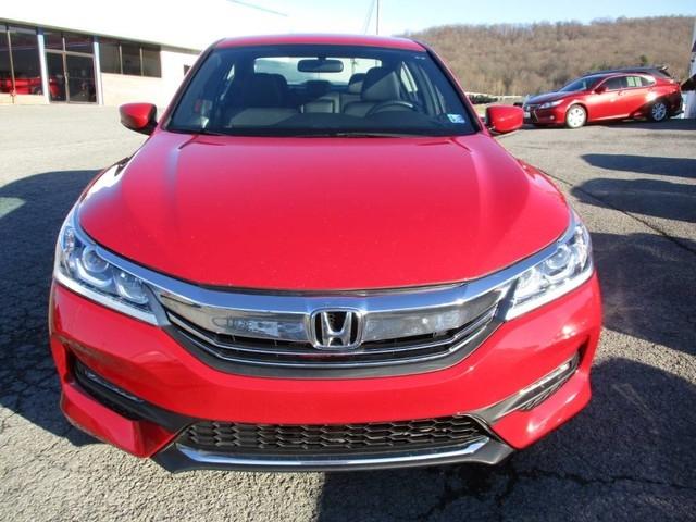 Honda Accord Sedan 2016 price $15,979