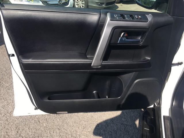 Toyota 4Runner 2016 price $28,979
