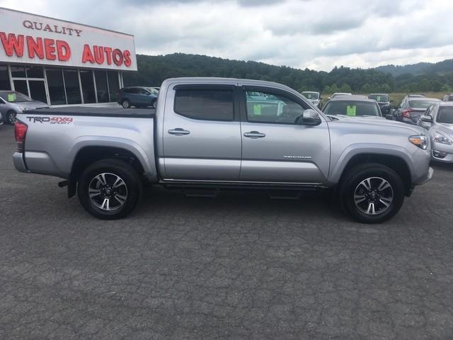 Toyota Tacoma 2017 price $30,979