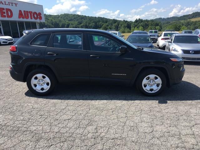 Jeep Cherokee 2016 price $15,979