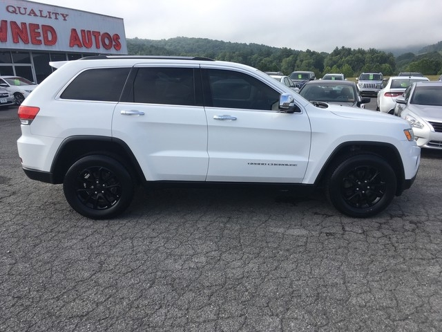 Jeep Grand Cherokee 2016 price $27,979
