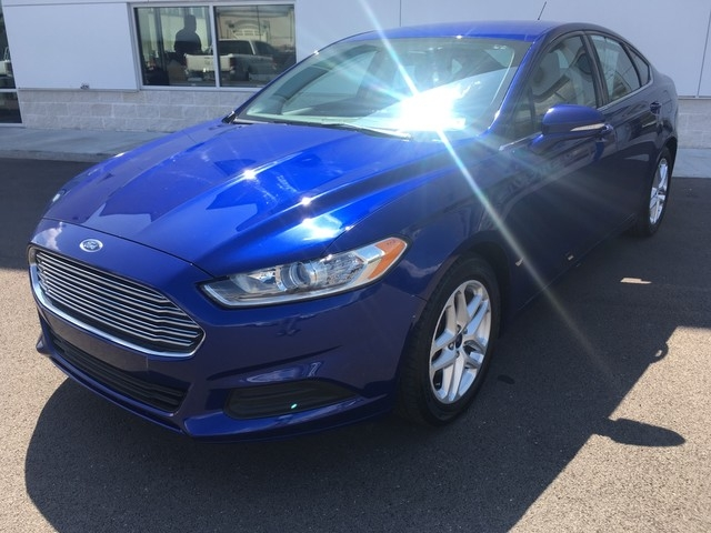 Ford Fusion 2016 price $13,979
