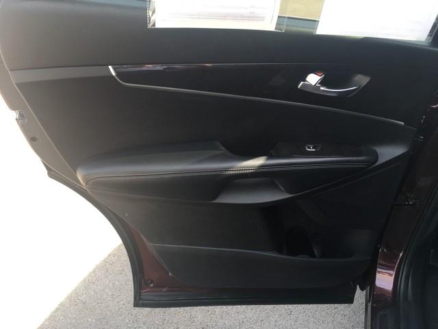 Kia Sorento 2017 price $17,979
