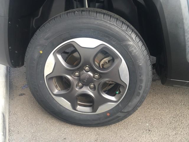 Jeep Renegade 2018 price $17,979
