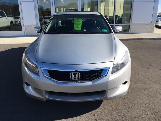 Honda Accord Cpe 2009 price $9,979