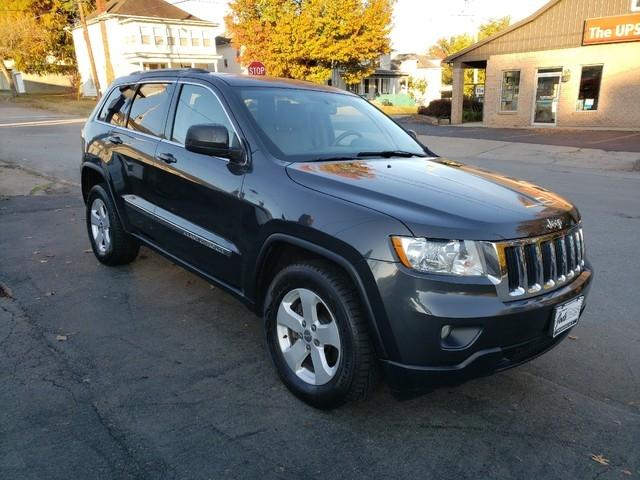 Jeep Grand Cherokee 2011 price $13,979