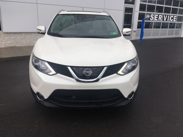 Nissan Rogue Sport 2017 price $19,779