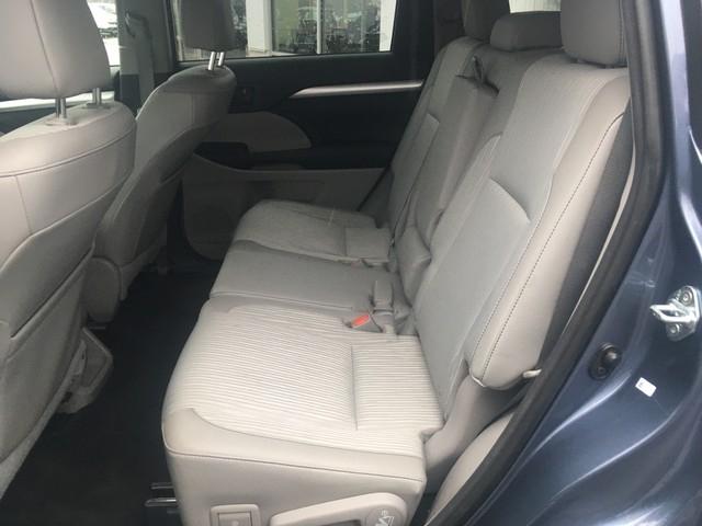 Toyota Highlander 2015 price $19,379
