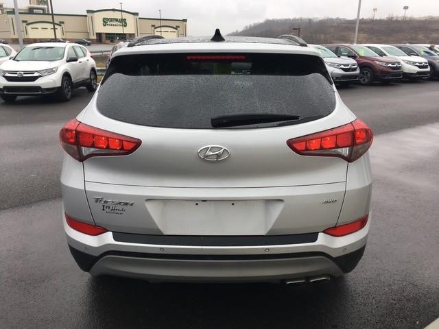 Hyundai Tucson 2018 price $21,979
