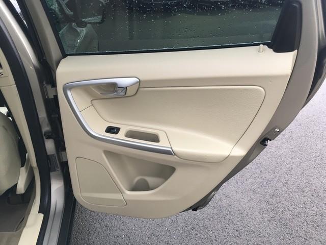 Volvo XC60 2012 price $10,979