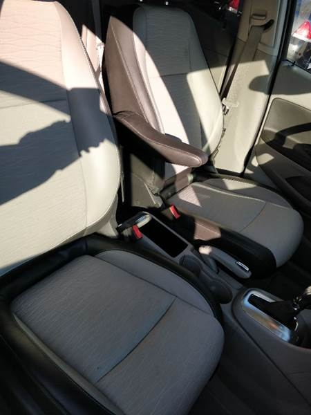 Buick Encore 2016 price $13,982