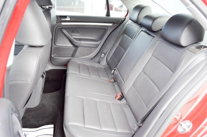 Volkswagen Jetta 2009 price $5,980