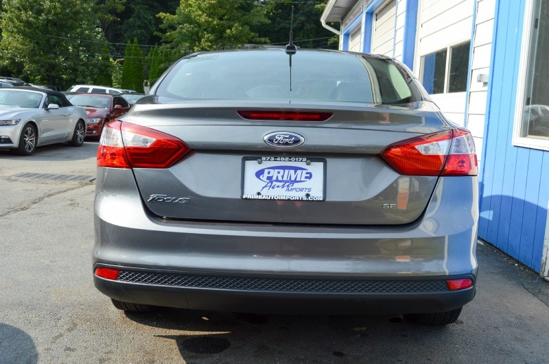 Ford Focus 2013 price $5,490