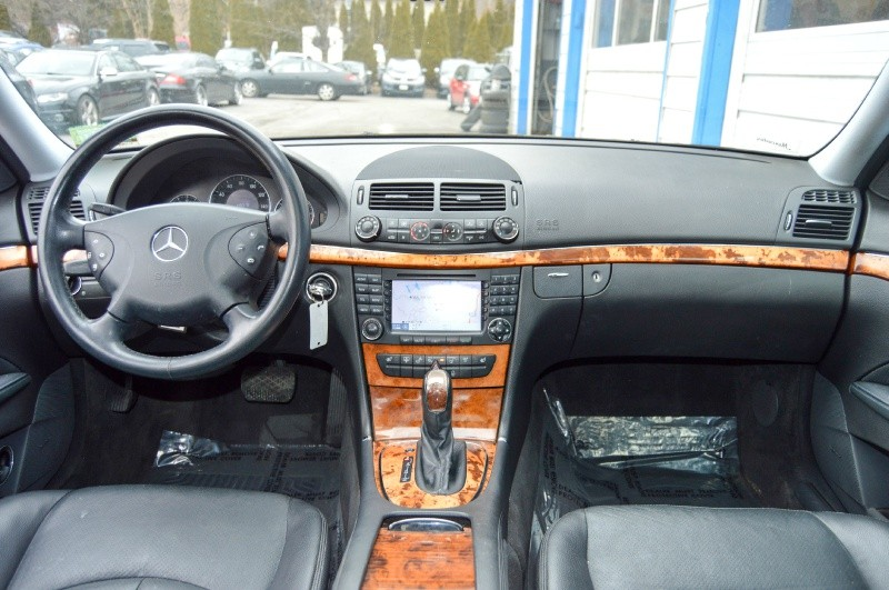 Mercedes-Benz E-Class 2006 price $5,990