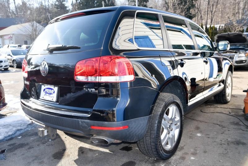 Volkswagen Touareg 2006 price $6,980