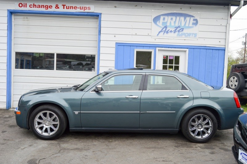 Chrysler 300-Series 2006 price $5,990
