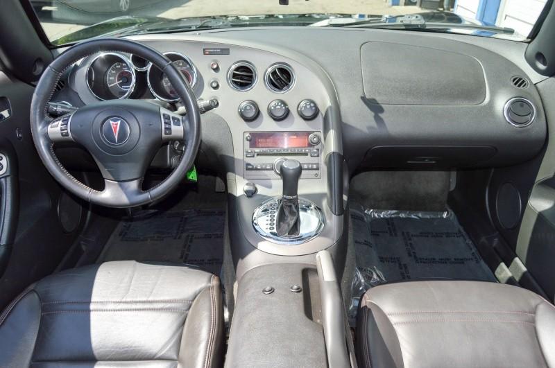 Pontiac Solstice 2008 price $9,980