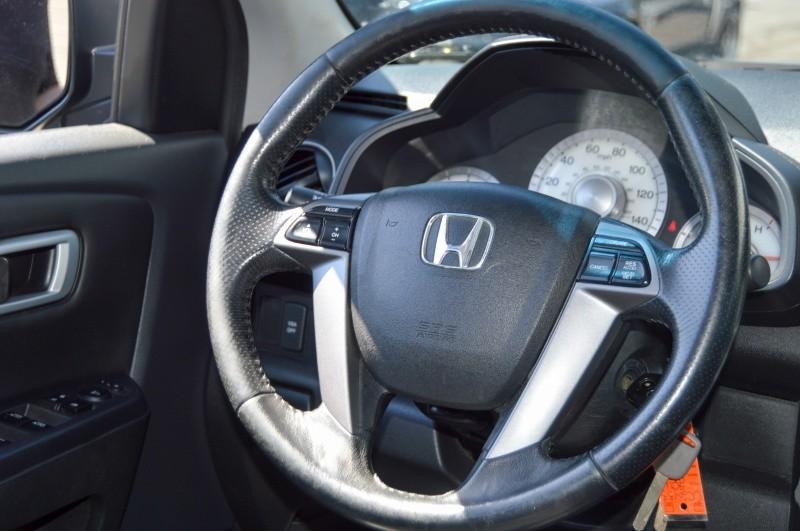 Honda Pilot 2011 price $13,990