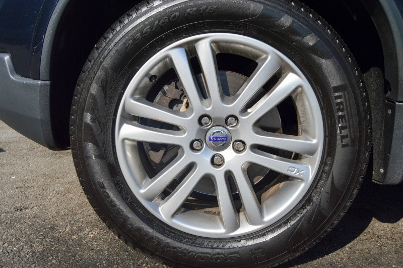 Volvo XC 90 2011 price $10,990