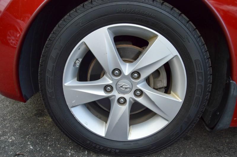Hyundai Elantra 2012 price $6,470