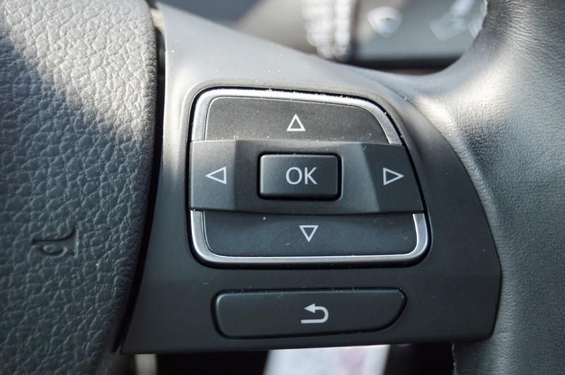 Volkswagen Passat 2010 price $6,490
