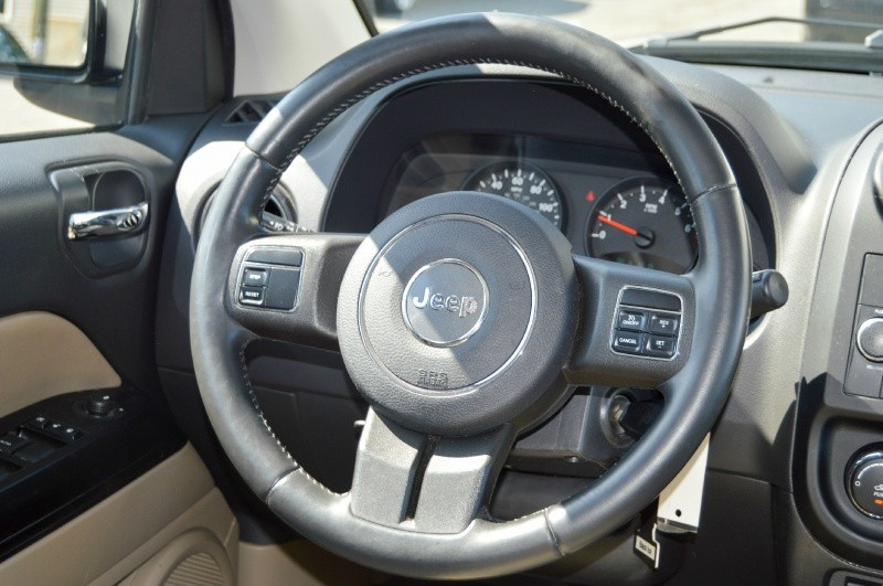 Jeep Compass 2011 price $7,990