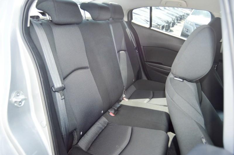Mazda 3 2014 price $8,990
