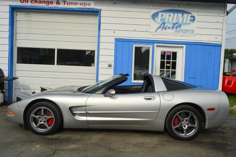Chevrolet Corvette 2004 price $15,490