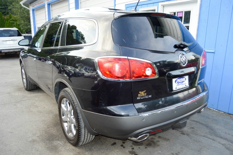 Buick Enclave 2008 price $8,970