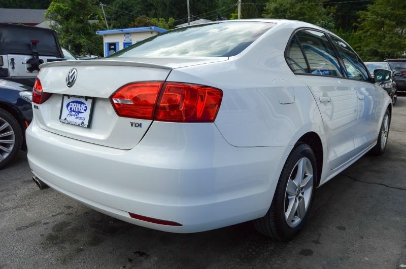 Volkswagen Jetta 2011 price $8,470