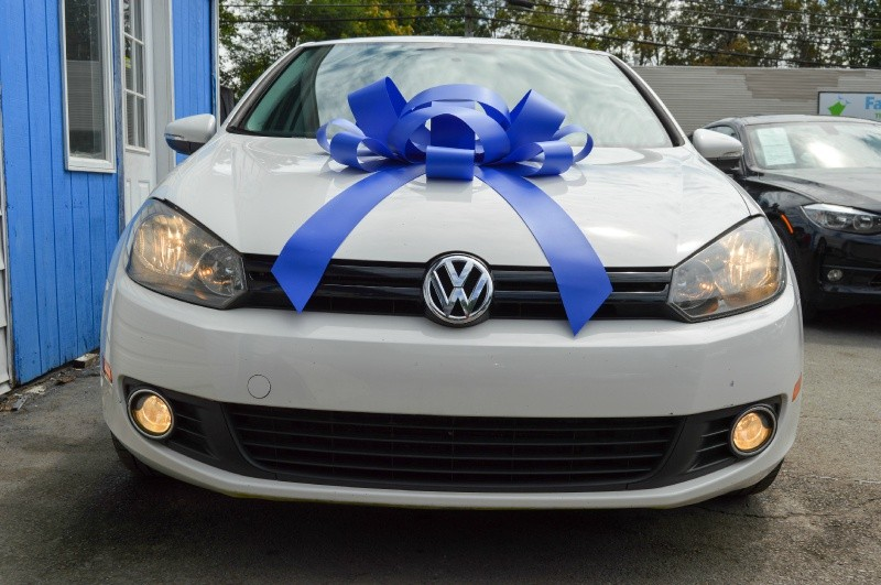 Volkswagen Golf 2014 price $9,970