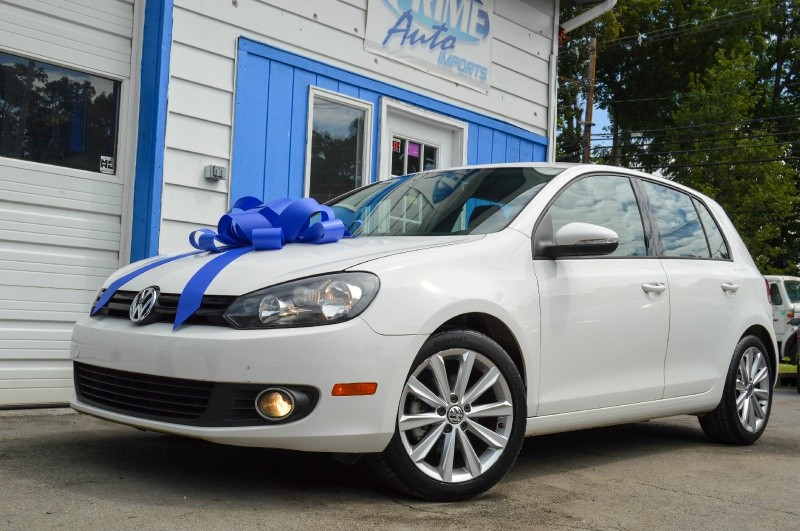 Volkswagen Golf 2014 price $8,299
