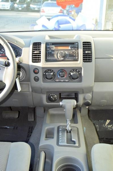 Nissan Frontier 2008 price $10,990